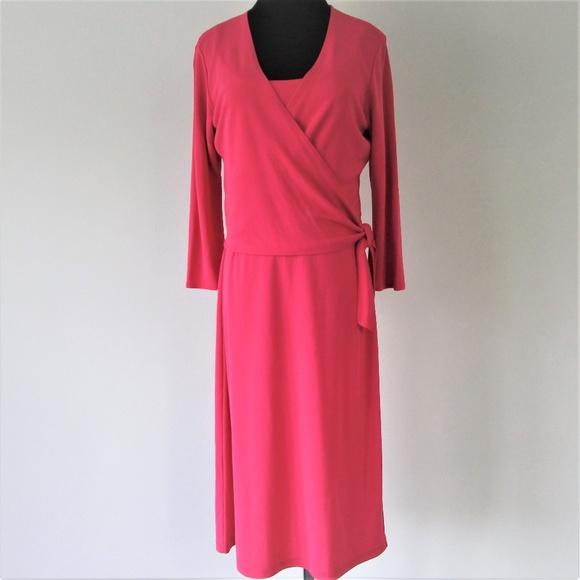 LOFT Dresses & Skirts - NWT Ann Taylor Pink Wrap Shift Midi Dress SMALL